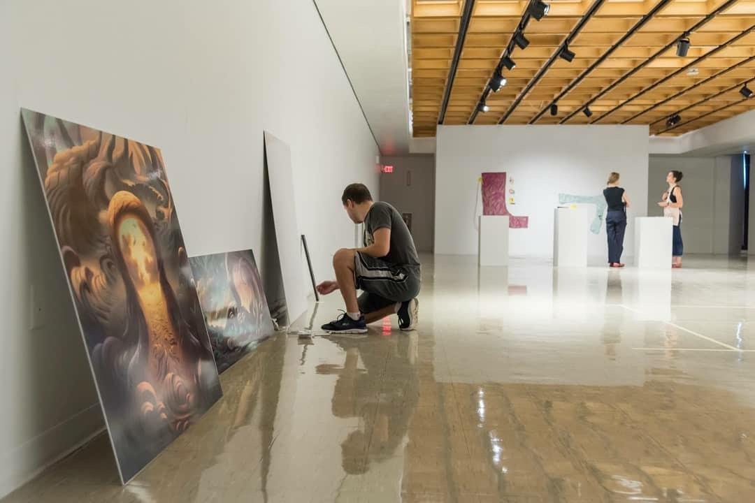 Sungard Exhibition Stand Goal : Alumni showcase shippensburg area school district art department
